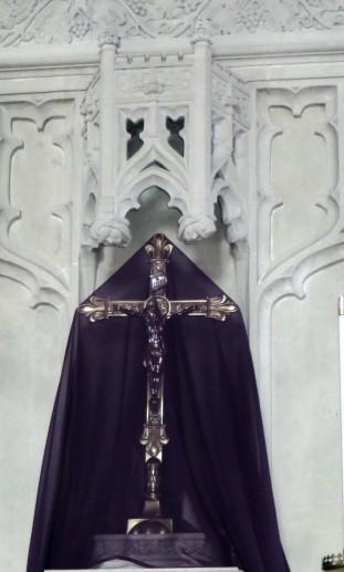 IMG_1045 closeup passion drap altar crucifix